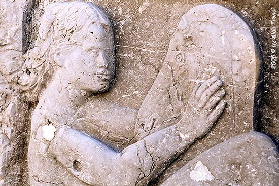 018/31 - Caorle: Sculture su pietra (621 clic)
