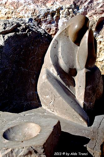 013/31 - Caorle: Sculture su pietra (537 clic)