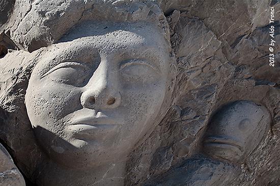 012/31 - Caorle: Sculture su pietra (964 clic)