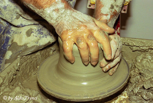 002/21. Manus de Oro  - Assemini (2184 clic)
