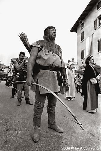 Medioevo a Valvasone (1030 clic)