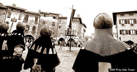 Medioevo a Valvasone (1097 clic)