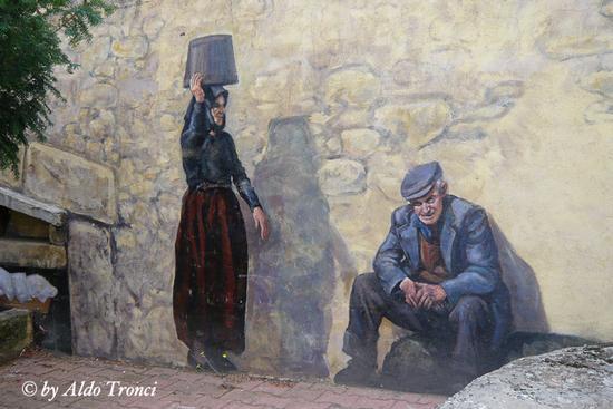 030/30. FONNI: i Muri raccontano (1639 clic)
