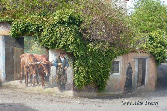010/30. FONNI: i Muri raccontano (3506 clic)