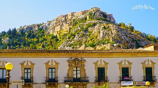 034/50. Sicilia: Ricordi e Desideri - Scicli (2706 clic)