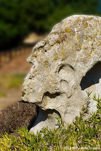 025/25. Golfo di Marinella: Graniti plasmati dal tempo, ovvero ... quando la natura si diverte - Porto rotondo (1465 clic)
