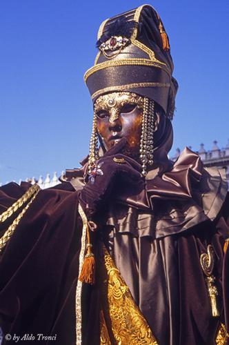 008/30. La magia del Carnevale - VENEZIA - inserita il 22-Feb-11