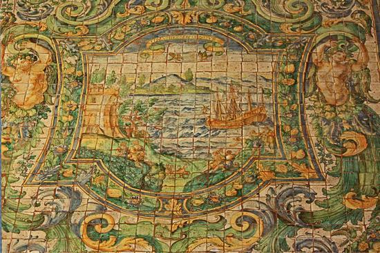CACCAMO (PA) : riquadro centrale pavimento maiolicato di San Benedetto alla Badìa (4740 clic)