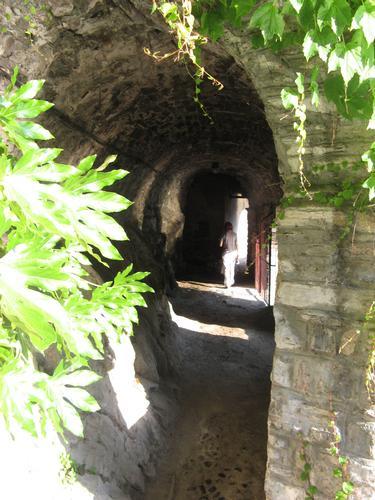 Antico vicolo di Nesso - Lezzeno (1390 clic)