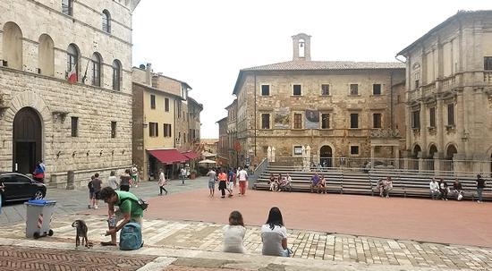 Piazza Grande - Montepulciano (687 clic)