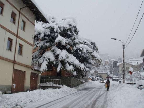 Casa mia in inverno - Nus (2257 clic)