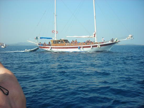Goletta tra le isole di Spargi e Budelli - La maddalena (2992 clic)