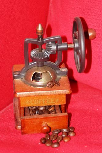 in studio - Ruvo di puglia (1731 clic)