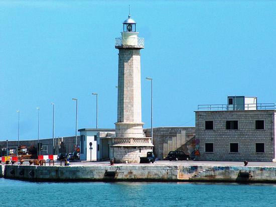 Il Faro - Molfetta (1349 clic)