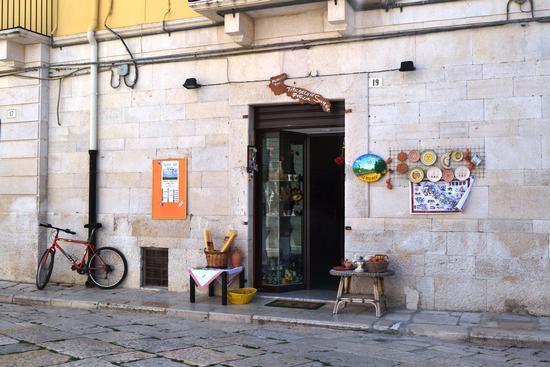 Largo cattedrale - Ruvo di puglia (819 clic)