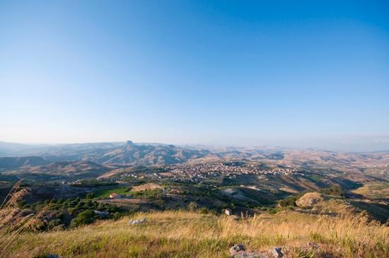Milena, paesaggio (819 clic)