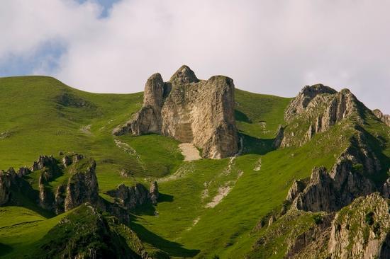 Una Cattefrale  In Montagna  Monte Priora - Montefortino (3998 clic)