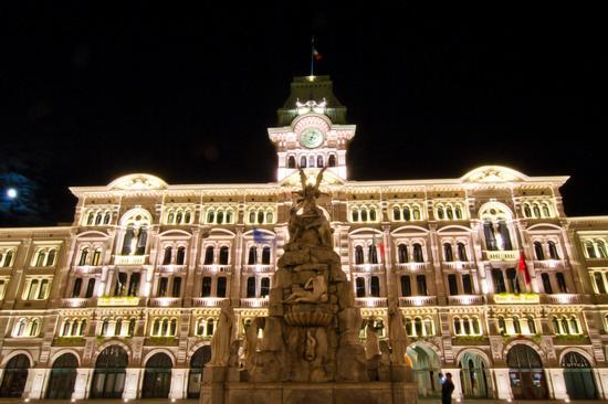 Piazza Unita' d'Italia - Trieste (2899 clic)