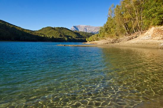 Lago di Gerosa - Comunanza (3794 clic)