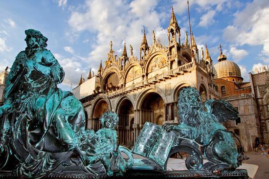 Venezia Piazza San Marco (3461 clic)