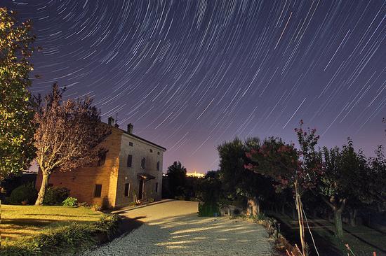 Notte stellata in Campagna - Montecassiano (7138 clic)
