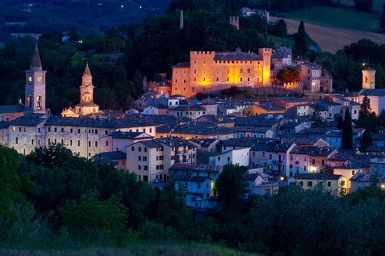 Veduta di Caldarola (4653 clic)