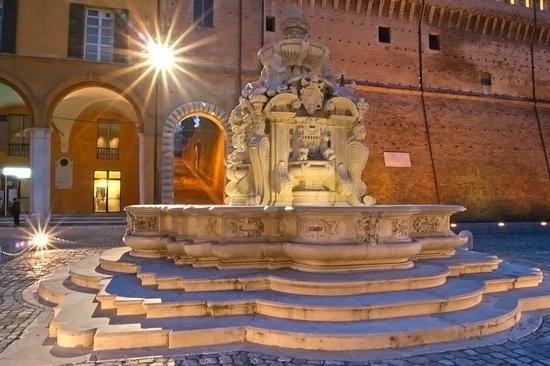 Fontana - Cesena (1415 clic)