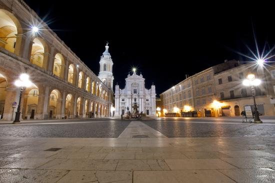 Basilica  di Loreto (5285 clic)