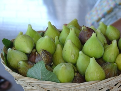 LIPARI - cesto con fichi  (4343 clic)