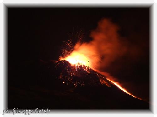 Eruzione Etna - San giovanni la punta (1303 clic)