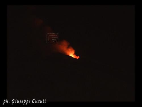Eruzione dell'Etna - San giovanni la punta (2604 clic)