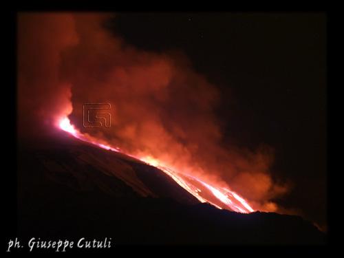 Eruzione dell'Etna - San giovanni la punta (2996 clic)
