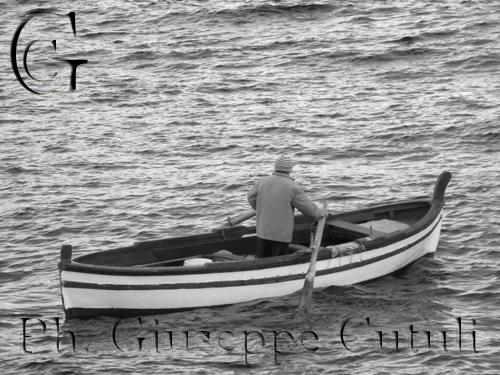 Pescatore - Aci trezza (2723 clic)