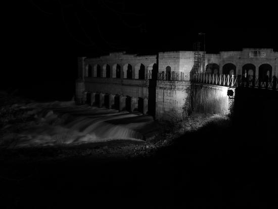 sagrado-notturno sulla diga (2235 clic)