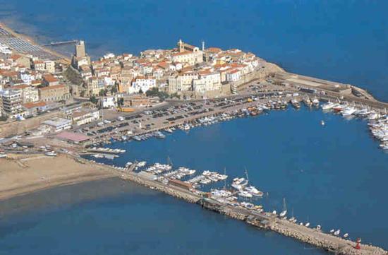 vista dellm porto e Borgo antico - Termoli (5383 clic)