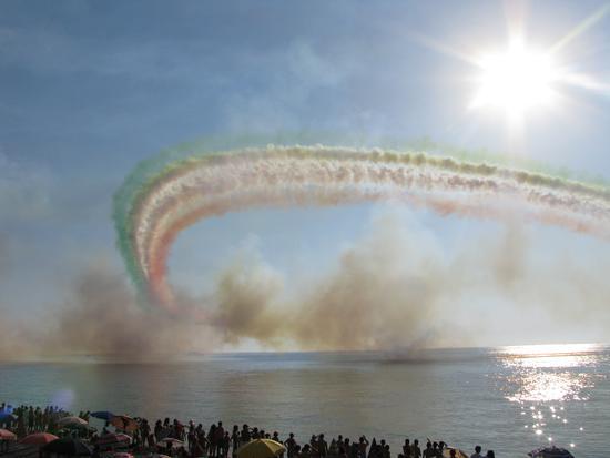 Le frecce tricolori - Capo d'orlando (4142 clic)