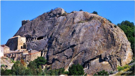 La rocca - Sperlinga (2292 clic)