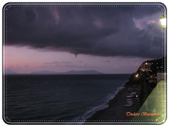 Tromba marina su Lipari - Gioiosa marea (2909 clic)