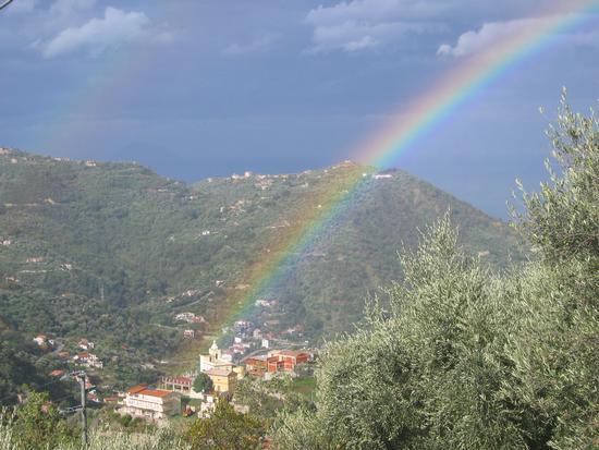 Chiesetta di Maddalena sotto l'arcobaleno - Gioiosa marea (2561 clic)