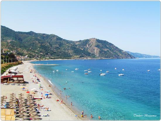 La spiaggia vista dal Belvedere - Gioiosa marea (2670 clic)