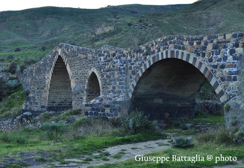 Ponte dei Saraceni - Adrano (3391 clic)