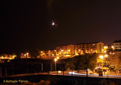 Luci notturne su Adrano (3024 clic)