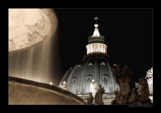 Cupola della Basilica di San Pietro in Vaticano, Roma - ROMA - inserita il 05-Dec-10