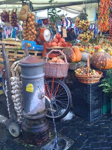 Campo dei fiori mercato della frutta - Roma (2067 clic)