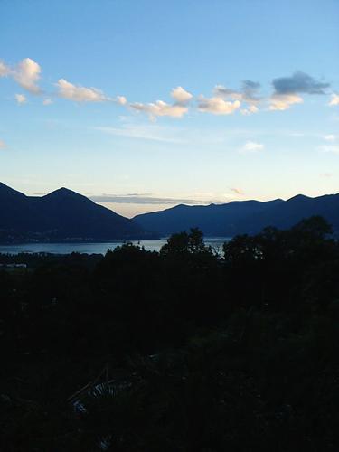 Quiete - Lago di como (1524 clic)
