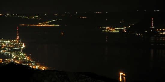 lo stretto di notte - Messina (6171 clic)