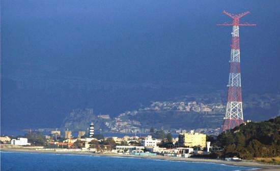 torre faro da est - Messina (4853 clic)