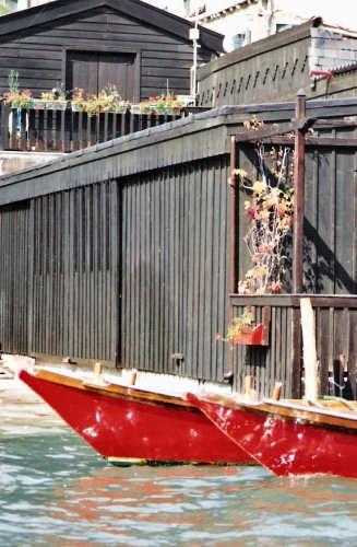 ai cantieri in periferia - Venezia (2146 clic)