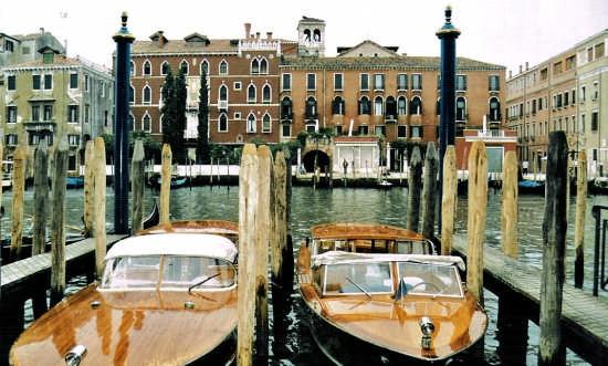 attracco - Venezia (1962 clic)