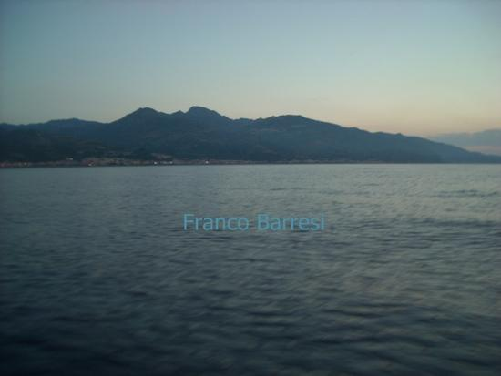 Nizza di Sicilia e dintorni dal mare (1471 clic)